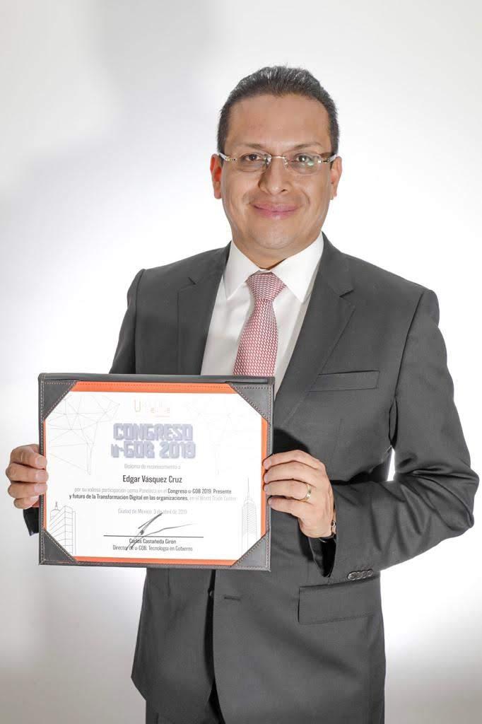 Edgar Vásquez Cruz en el Congreso u-GOB 2019